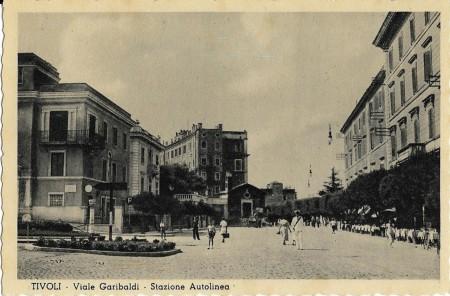 Viale Garibaldi, ante 1944, poi Piazza Garibaldi.