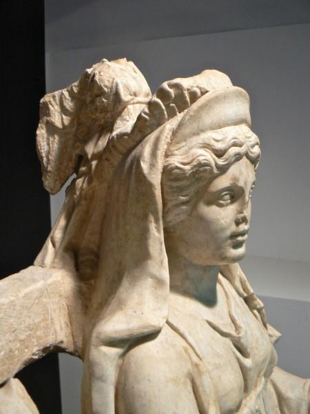thumbnail_Triade Capitolina - particolare della figura di Giunone