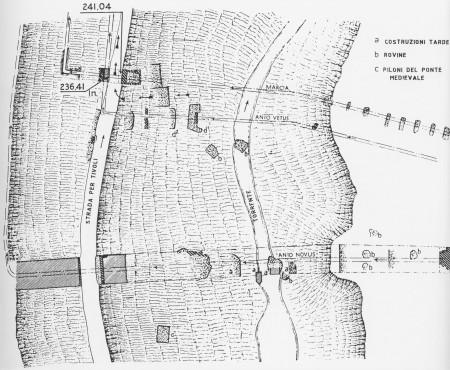 Fig. 2. Pianta dei resti degli acquedotti in loc. Arci (da Th. Ashby, 1991)