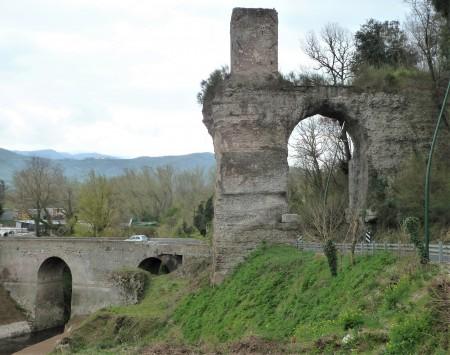 Fig. 3. Arco dell'Anio novus