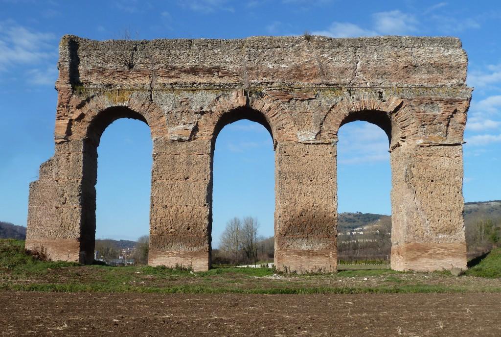 Fig. 5. Arcate dell'Anio novus